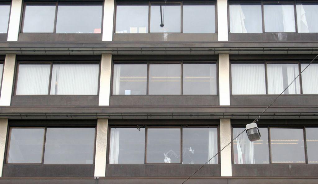 03 OPLarchitecten_Vijzelstraat Amsterdam 1516×878-72dpi