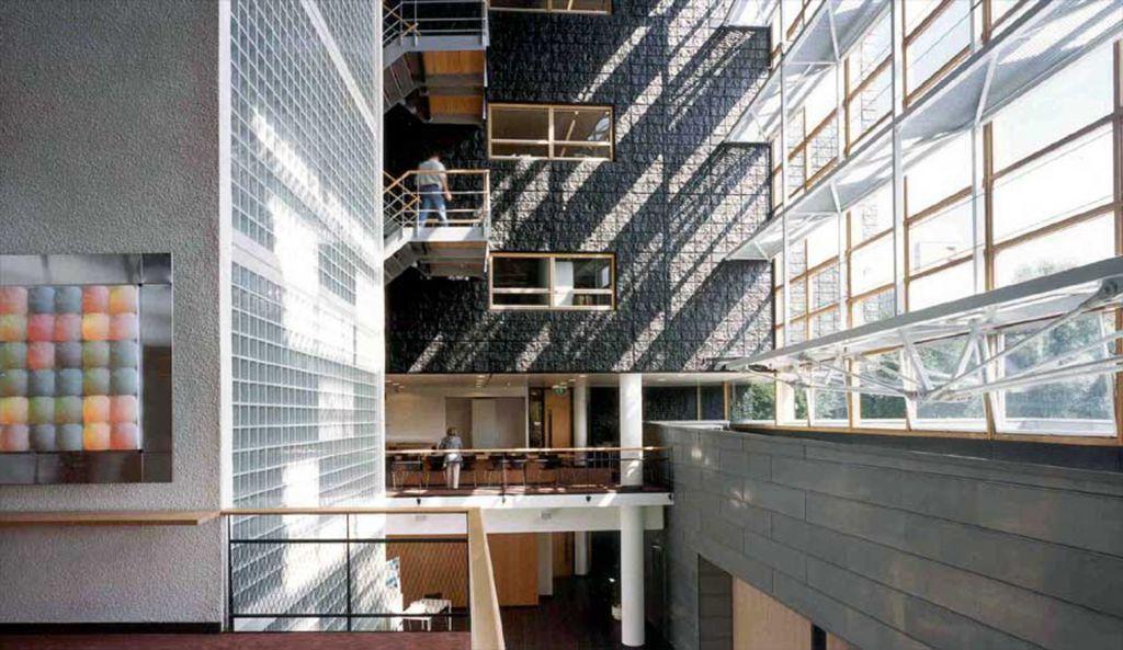 6 OPLarchitecten_Amsterdam Noord stadsdeelhuis 1516×878-72dpi