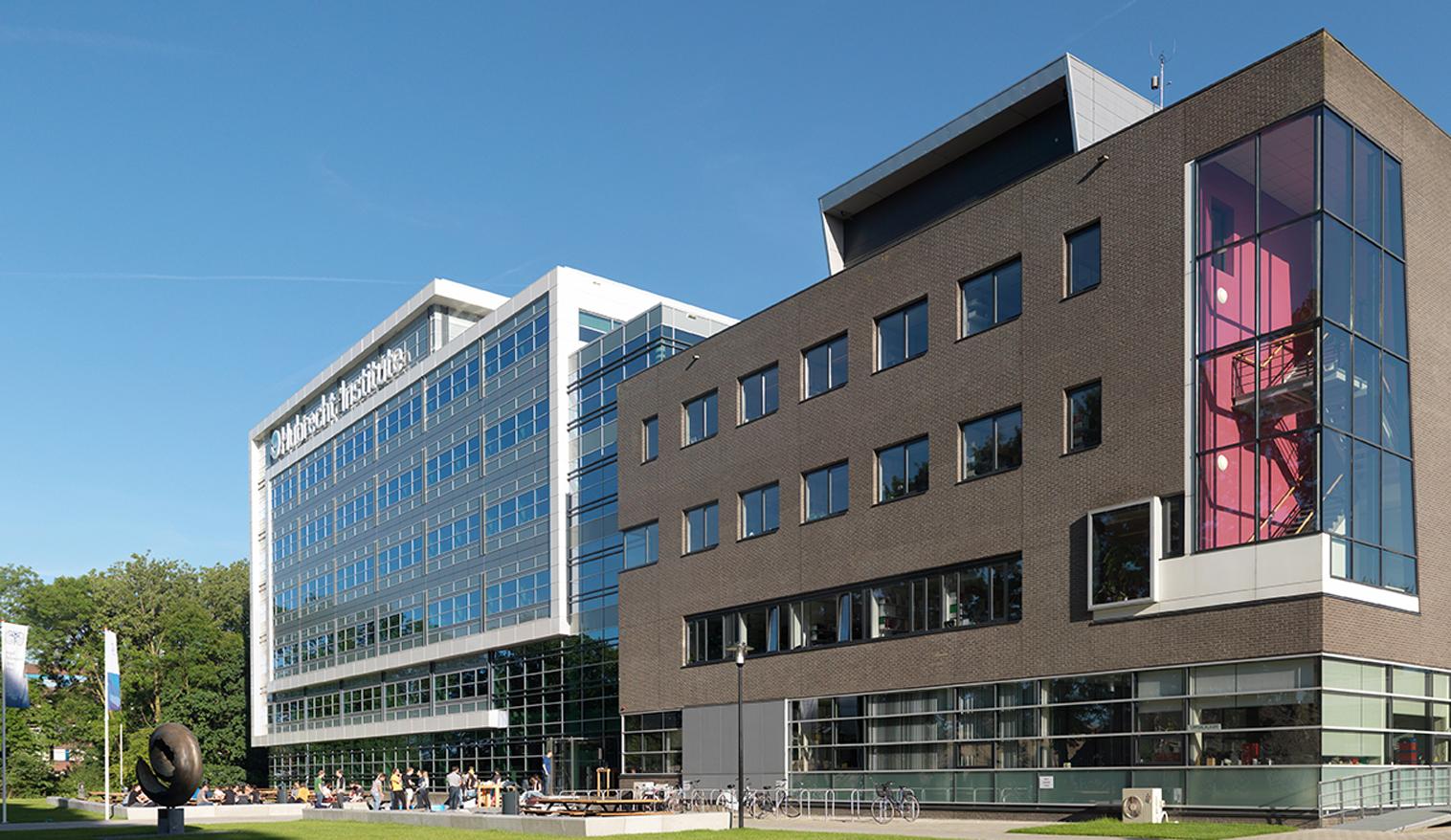 08 OPLarchitecten_Hubrecht Institute De Uithof 1516×878-72dpi